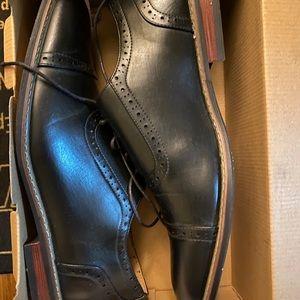 Men's Black dress shoes SZ 13 by BRUNO MARC